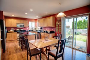Expansive Kitchen & Dining space